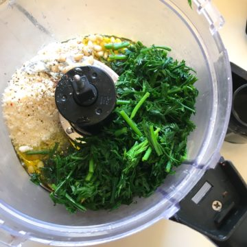 carrot top pesto ingredients