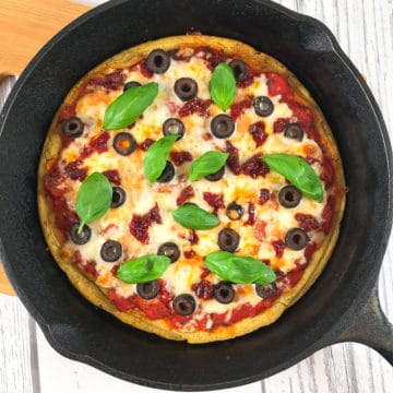 Chickpea pizza crust with toppings