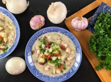 shrimp chowder with oysters