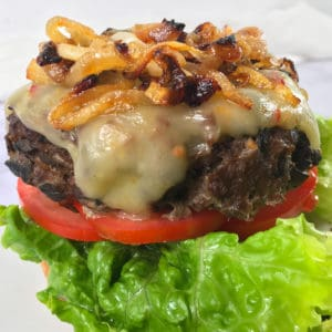 Smoked hamburgers with caramelized onions