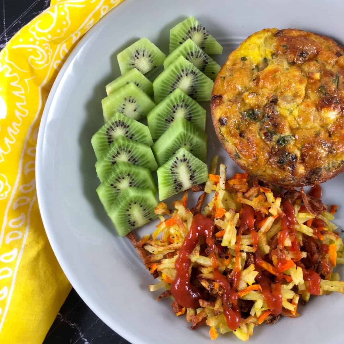 cooked hash browns kiwi and frittata