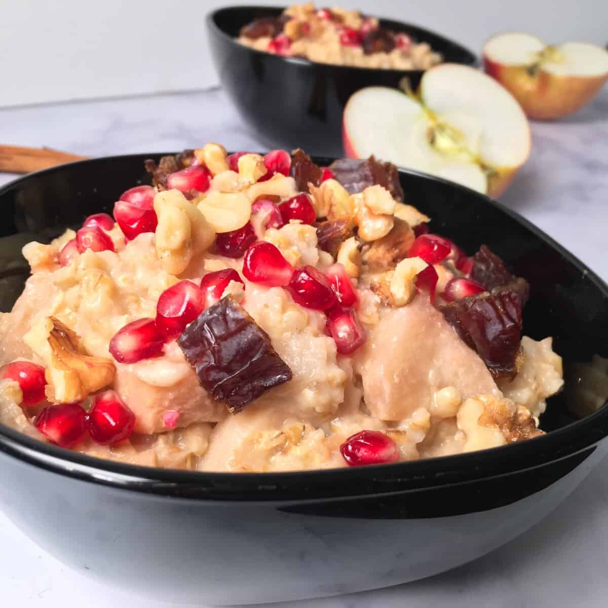 oatmeal with pomegranate and dates