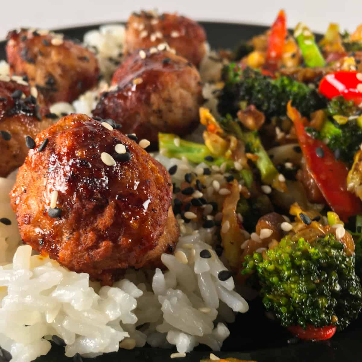 Green chef chili ginger pork meatballs