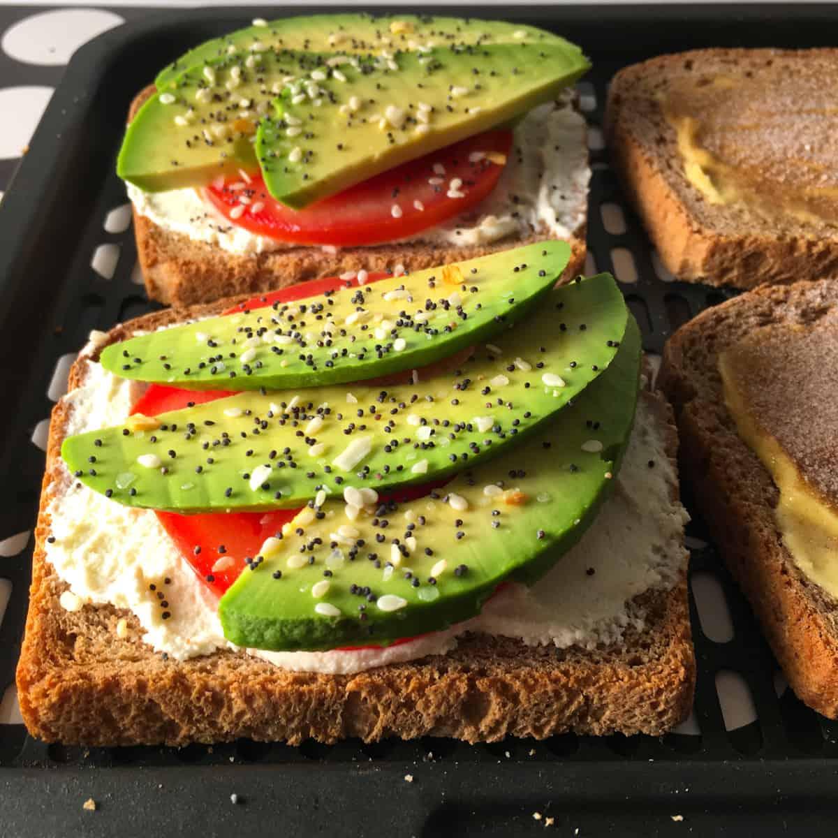 avocado toast in air fryer