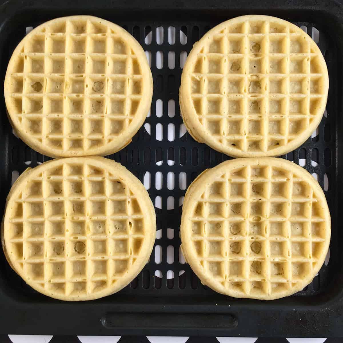 frozen waffles air fryer