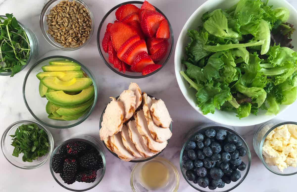summer berry salad ingredients
